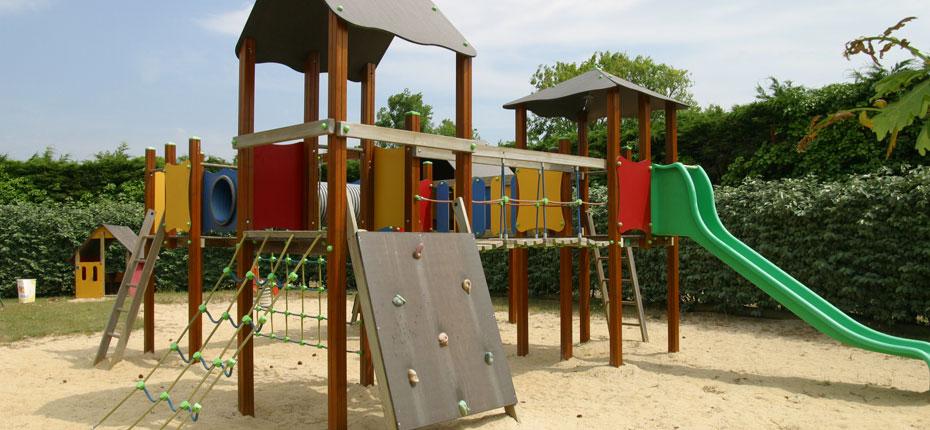 L'aire de jeux à la Presqu'ile de Crozon en Bretagne