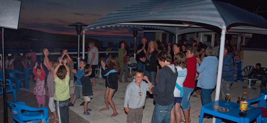 La soirée disco au camping à Crozon en Bretagne